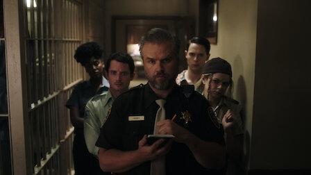 觀賞兩根斷掉的手指。第 2 季第 3 集。